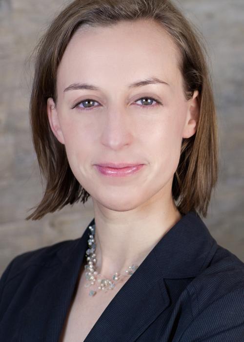 Dr. Anna Gumpert