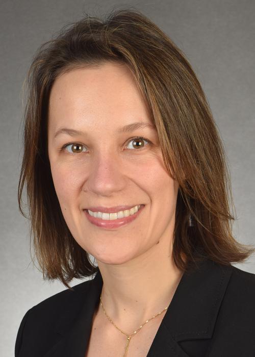 Dr. Lisandra Flach